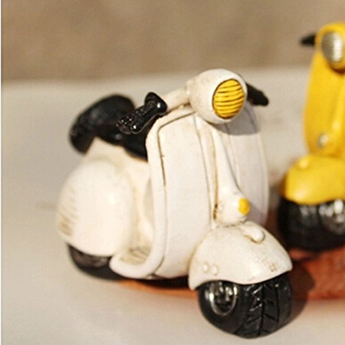 Creative Gifts Resinous Small Ornaments Vintage Scooters Model(White 7cm)