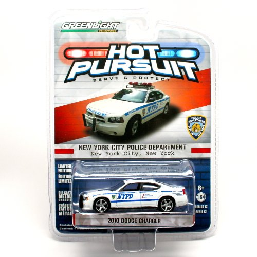 2010 Dodge Charger / New York City Police Department ( Hot Pursuit Series 12)  2014 Greenlight Collectibles Limited Edition 1:64 Scale Vehicle Die-Cast