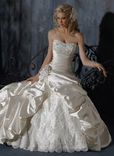 Maggie Sottero ambrosia wedding dress in diamond