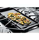 GE-Cafe-CGS990SETSS-30-Freestanding-Gas-Range-with-5-Sealed-Burners-Convection-Self-Clean-Double-Oven-and-Griddle-in-Stainless-Steel