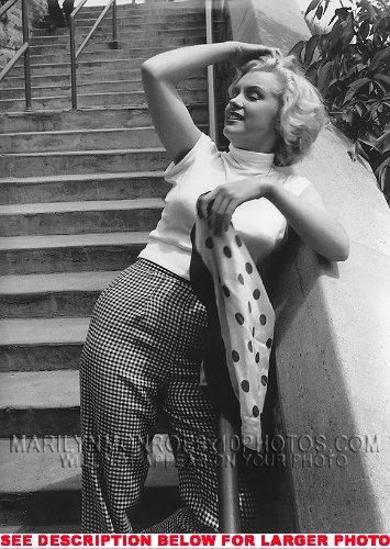 MARILYN MONROE TAKING SUN ON STAIRS (1) RARE 8x10 FINE ART PHOTO
