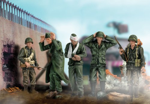 Buy Low Price Panache Place Unimax Forces of Valor 1:32 Scale U.S. 82nd Airborne Soldiers with Prisoner Figure (B000Q5B3UU)