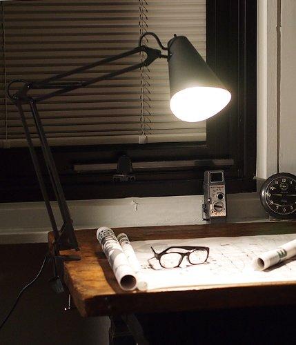 ARTWORKSTUDIO Snail desk-arm light BK スネイルデスクアームライト ブラック LED電球付属モデル AW-0369E