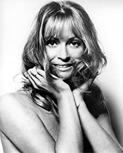 Suzy Kendall stunning topless glamour pose with arms over chest circa 1968 24x36 Poster Print