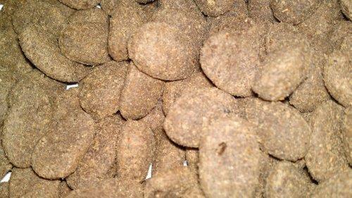 Artikelbild: NEU Emcke Glutenfrei Hundefutter mit Lachs 15 kg