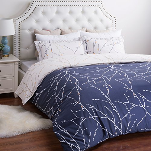 Bedsure Ultra-Soft Microfiber Printed Duvet Cover Set Queen, Navy Branch & Plum (Branches Duvet Cover compare prices)