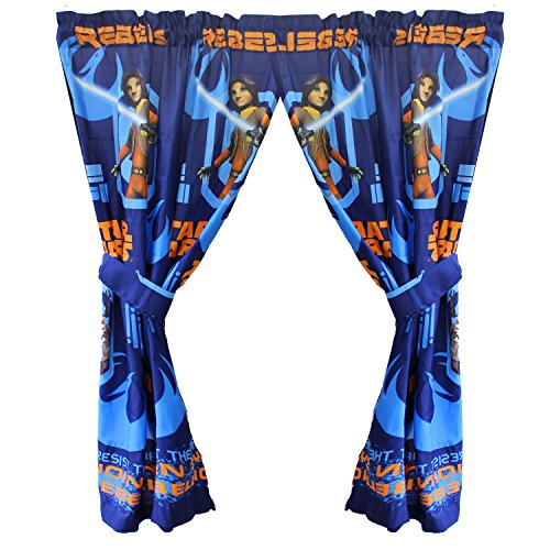 "Lucas Film Star Wars Rebels ""Fight"" Drapes"