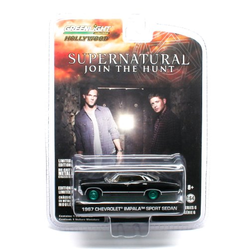 Limited Edition GREEN MACHINE Chase Piece * 1967 CHEVROLET IMPALA SPORT SEDAN from the television show SUPERNATURAL Greenlight Collectibles 1:64 Scale * Hollywood Series 6 * Die Cast Vehicle