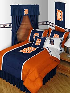MLB Detroit Tigers Sidelines Queen Comforter and Pillowcases