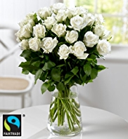 Fairtrade® 22 White Roses