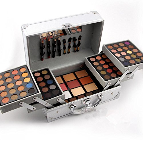 eye-shadow-for-a-high-end-fashion-make-up-studio-special-cosmetic-case