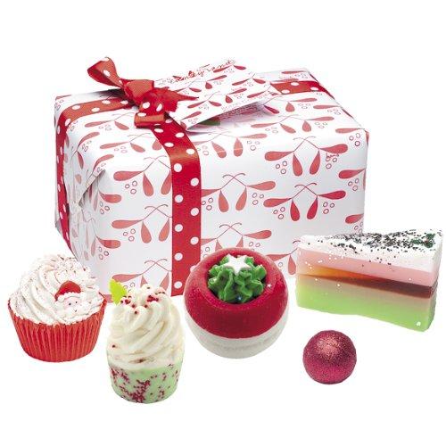 bomb-cosmetics-merry-kissmass-giftpack