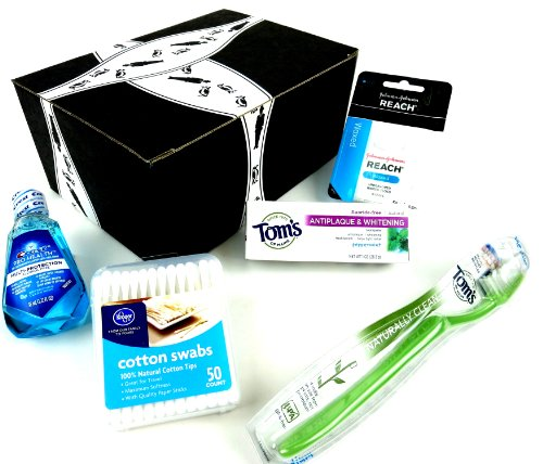 Jet Fresh Travel Hygiene Kit: One Tom'S Of Maine Toothbrush, One 1 Oz Tube Of Tom'S Of Maine Fluoride-Free Peppermint Toothpaste, One 1.22 Oz Bottle Of Crest Pro Health Oral Rinse, One Package Of Johnson & Johnson Reach Unflavored Waxed Floss, And One 50 front-916964