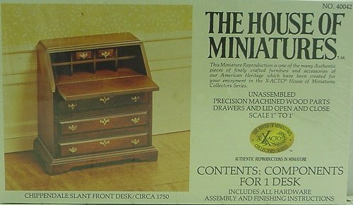 House of Miniatures - Chippendale Desk #40042