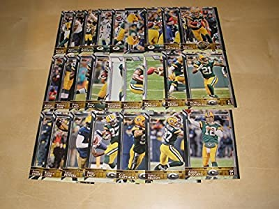 2015 Topps Football Green Bay Packers Team Set (25 cards) including Aaron Rodgers shipped in an acrylic case