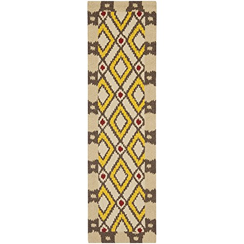 Safavieh Four Seasons Collection FRS455E Hand-Hooked Beige and Yellow Indoor/ Outdoor Runner, 2 feet 3 inches by 8 feet (2'3