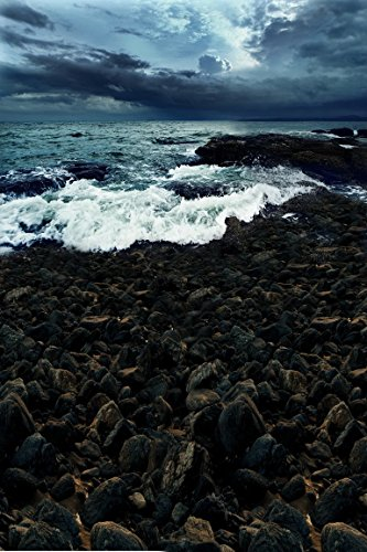amonamour-heavily-clouded-sky-dusk-evening-seaside-sea-tide-waves-stones-wedding-scene-studio-photog