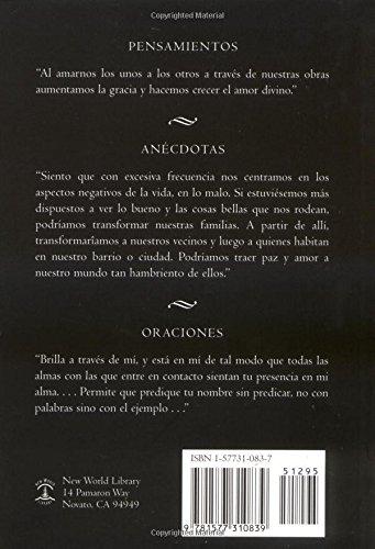 Desde El Corazon del Mundo: Pensamientos, Anecdotas, y Oraciones in the Heart of the World, Spanish-Language Edition