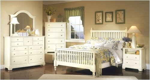 Cottage Creamy White Slat Bedroom Set by Vaughan-Bassett Furniture