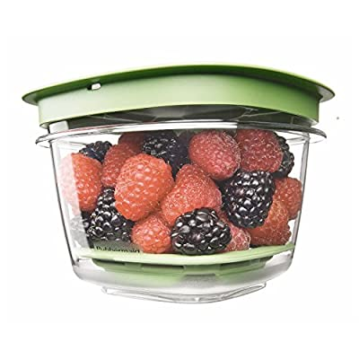 Rubbermaid Produce Saver Food Storage Container by Rubbermaid