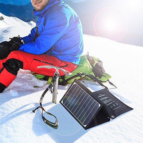 ソーラーチャージャー RAVPower 超軽量 改良版 16W 2ポート 折りたたみ式 ソーラーパネル ソーラー充電器 iPhone iPad Galaxy S7 など スマートフォン タブレット モバイルバッテリー 対応 スマホ用充電器 アウトドア ポータブル usb充電器