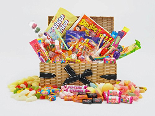 retro-sweet-hamper-large-selection-much-variety-wicker-effect-gift-box-with-bow-birthday-thank-you-g