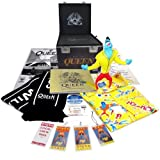 Queen Magic Tour Roadie Case: Super Deluxe (Includes Size Large / Xtra Large Merchandise)