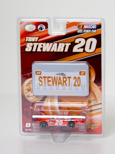 NASCAR, #20 Tony Stewart, Home Depot, 1:64 Scale Stock Car