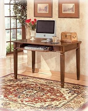 New Traditional Medium Brown Hamlyn Small Office Desk