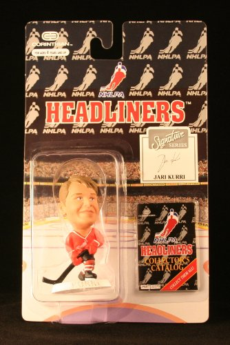 JARI KURRI / NHLPA SIGNATURE SERIES * 3 INCH * 1996 NHL Headliners Hockey Collector Figure