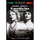 A media luz (Salon Fru-Fru) [NTSC/Region 1&4 dvd. Import - Latin America] Hugo del Carril, Carmen Montejo