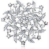Clear Crystal Rhinestone Floral Center Leaf Wreath Holiday Fashion Pin Brooch