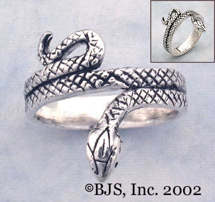 Diamond Back Snake Ring - Sterling Silver Animal Jewelry