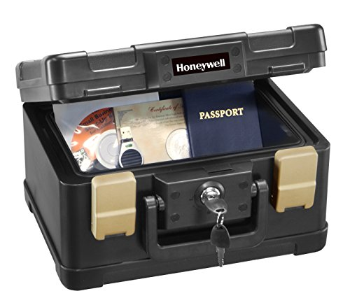 Honeywell 1102 1/2 Hour Fire/Water Safe Chest 0.15 Cubic Feet (Honeywell Safes compare prices)