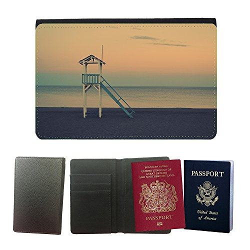 couverture-de-passeport-m00421478-beach-life-savers-madera-buscando-universal-passport-leather-cover