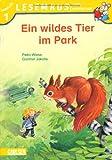 Ein wildes Tier im Park