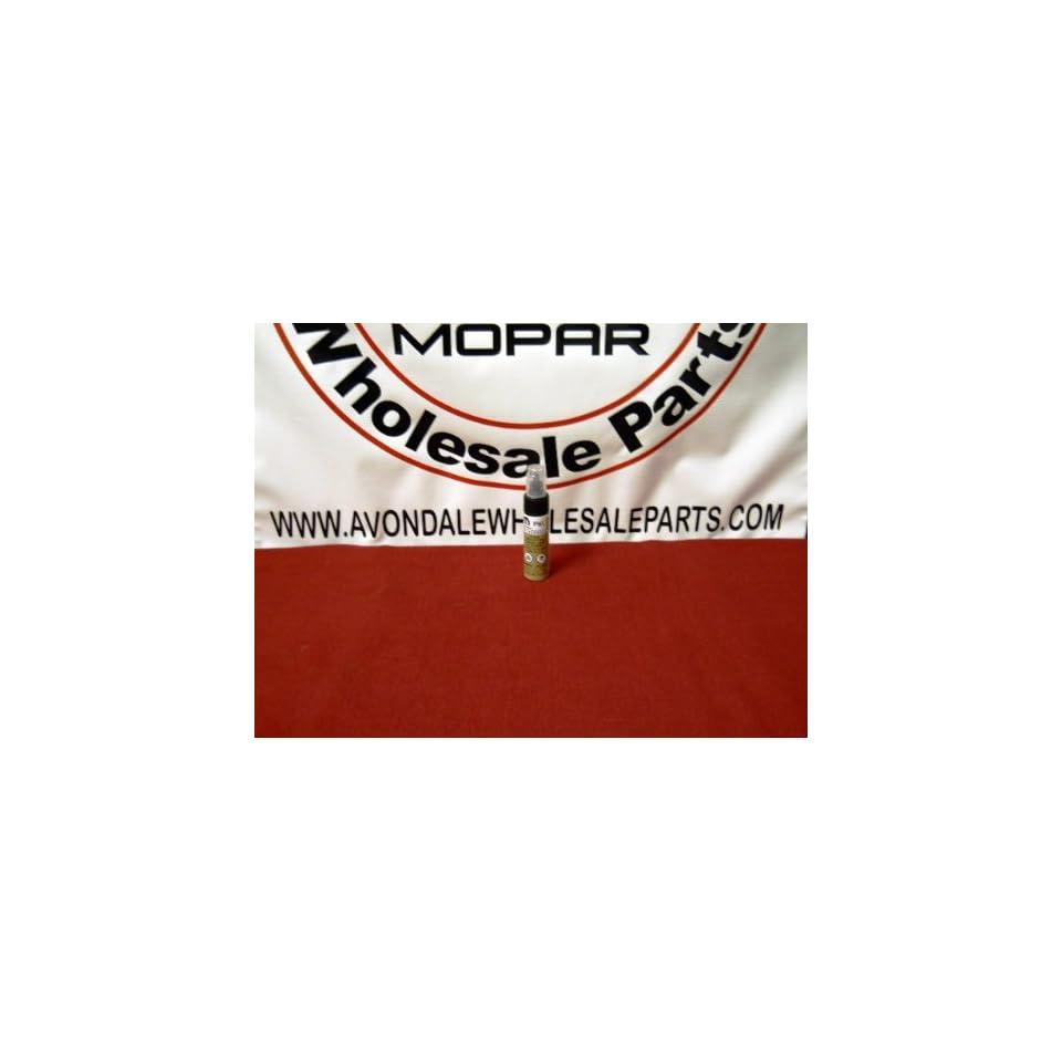 Chrysler / Dodge / Jeep WHITE GOLD METALIC C/C Touch Up Paint (PWL) Mopar OEM