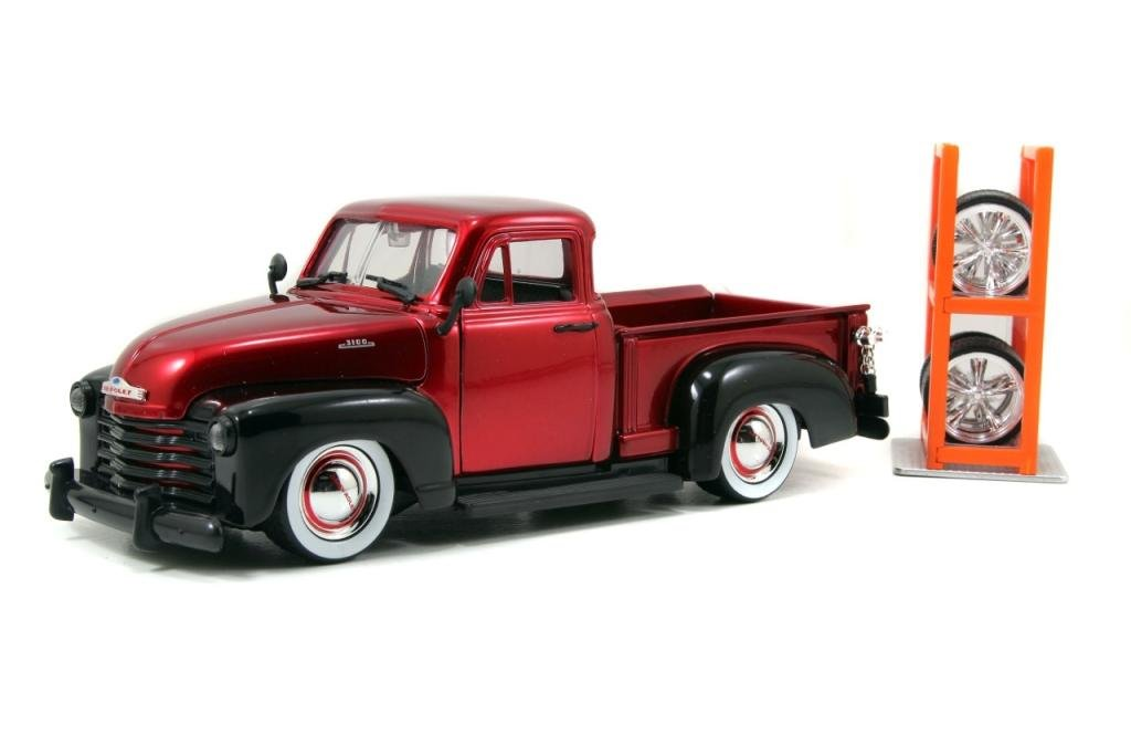 Jada Just Trucks Series: 1953 Chevy Truck 1:24 Scale with Extra Wheels (Red) jada diekast here patrol assortment 1 64