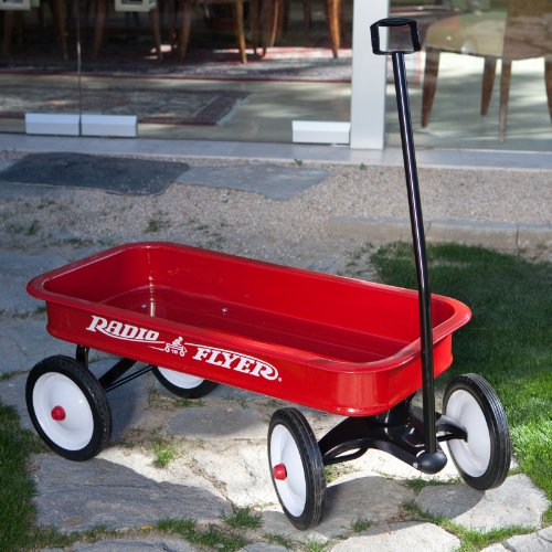 Why Choose The Radio Flyer Classic Red Wagon