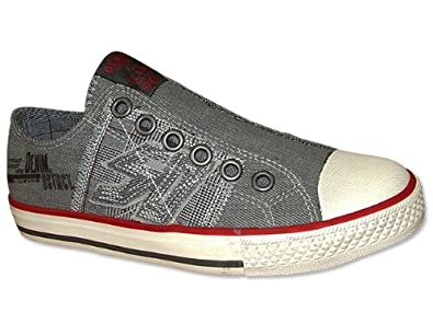 s oliver sneaker jungen in grau sneaker grau. Black Bedroom Furniture Sets. Home Design Ideas