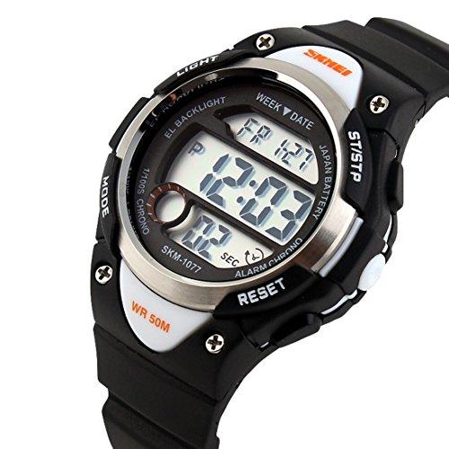 USWAT-2016-Children-Watch-Outdoor-Sports-Kids-Boy-Girls-LED-Digital-Alarm-Stopwatch-Waterproof-Wristwatch-Childrens-Dress-Watches-Black