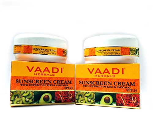 Sunscreen Cream With Extract Of Kiwi & Avocado Spf 25 - Herbal Cream - 3 In 1 Ayurvedic Treatment That Protects Your Skin From Uv Rays, Moisturizes Your Skin And Improves Skin Complexion - All Natural - Paraban Free - Sulfate Free - Suitable For Both Men