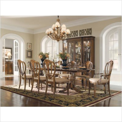Universal Furniture Kentwood Dining Series Kentwood 7 Piece Round Dining Table with Shield Back Chairs Set