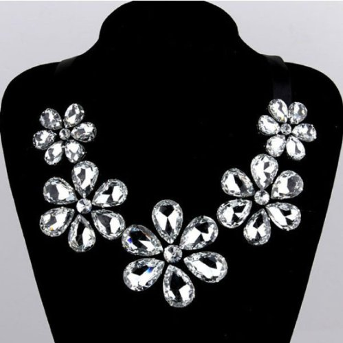 Amtonseeshop Retro Featured Necklace Bling Rhinestone Diamond Clavicle Halter Neck Dress Necklace