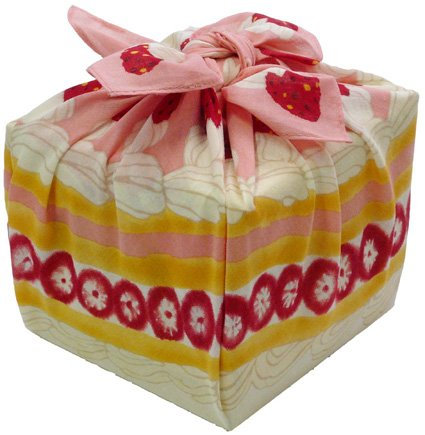 Sweet Wrap 3D Furoshiki Strawberry Short Cake