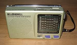 Bell Howell 9 Band World Receiver Radio FM/MW/SW