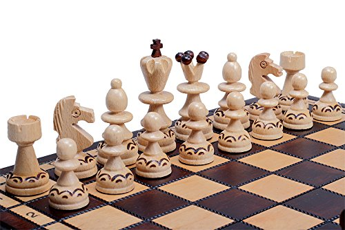 The Delbog Wood Chess Set with Chess Board and Storage 2