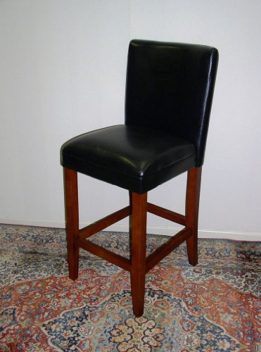 Deluxe Faux Leather And Black Finish Wood Bar Stool front-366915