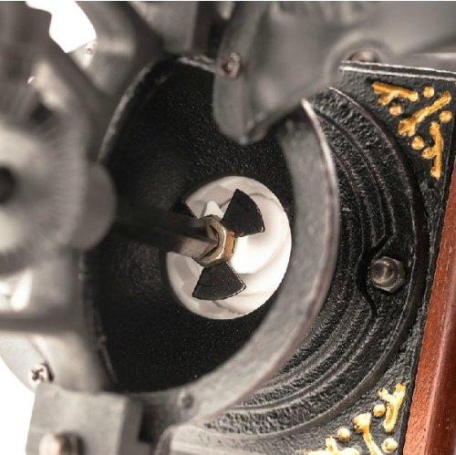 Retro Cast Blacksmith Manual Grinder Coffee Bean Grinder 2