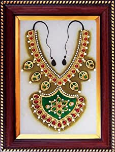 Elegant Design of Necklace on Marble Plate, Art & Craft of Jaipur, India